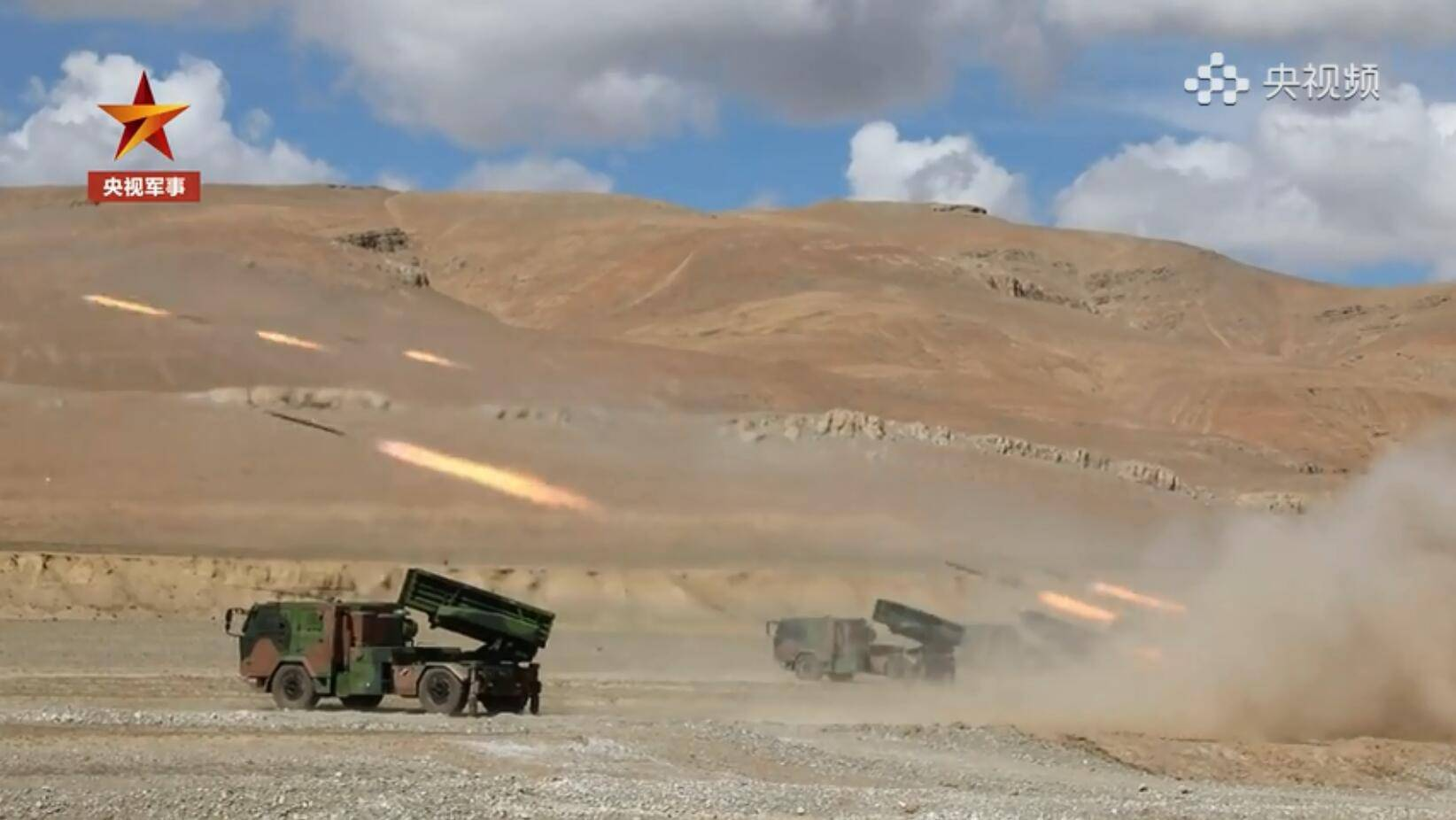 """西藏轻高机旅这次出手""""太惊艳"""" :90%新装备!新型火箭炮首次亮相……     第3张"""