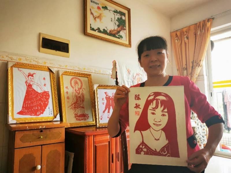 中山三角有个民间剪纸达人,是48岁工厂女袜工,自学成才