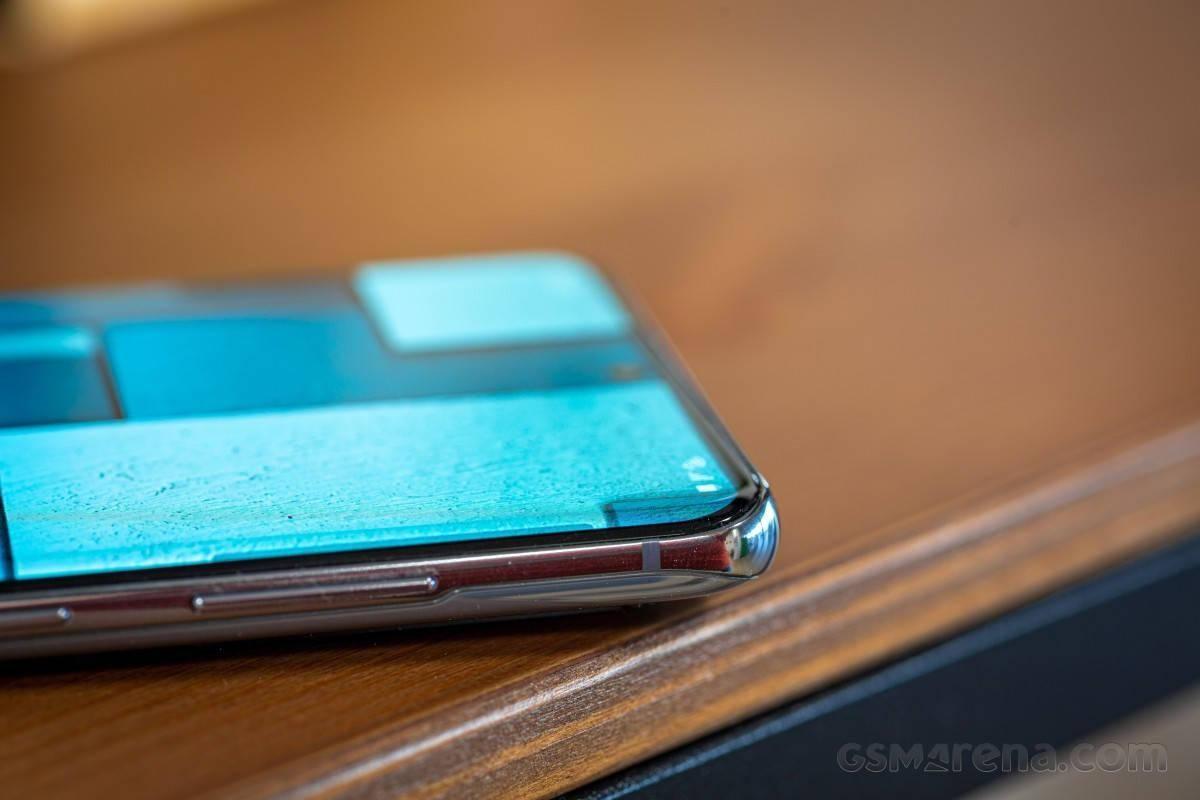 曝三星 Galaxy S21 系列仅有 Ultra 款采用曲面屏