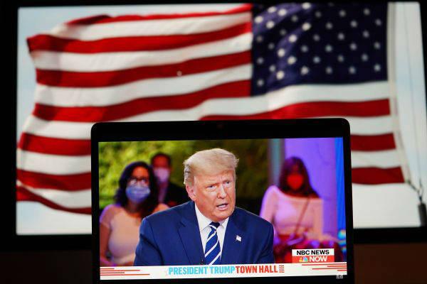 """法媒文章:特朗普主义令美国走向""""极化"""""""