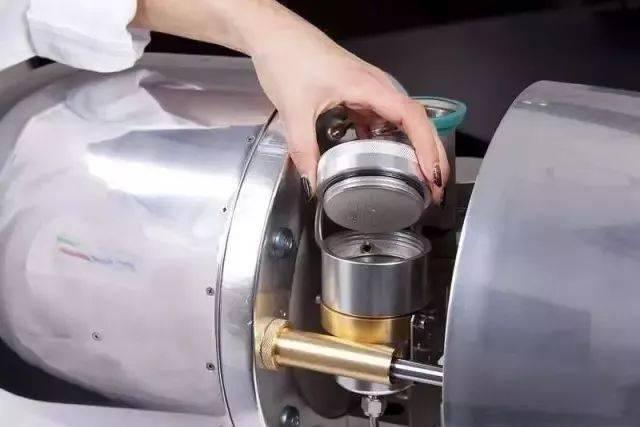 你见过飞机引擎做的咖啡机吗?够炫酷!!! 博主推荐 第2张