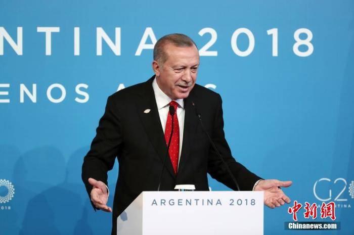 召回大使、抵制货物……法国土耳其两国为何激烈交锋?