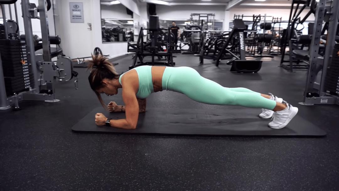 6个常见腹肌训练错误,难怪你练了半天都没效果