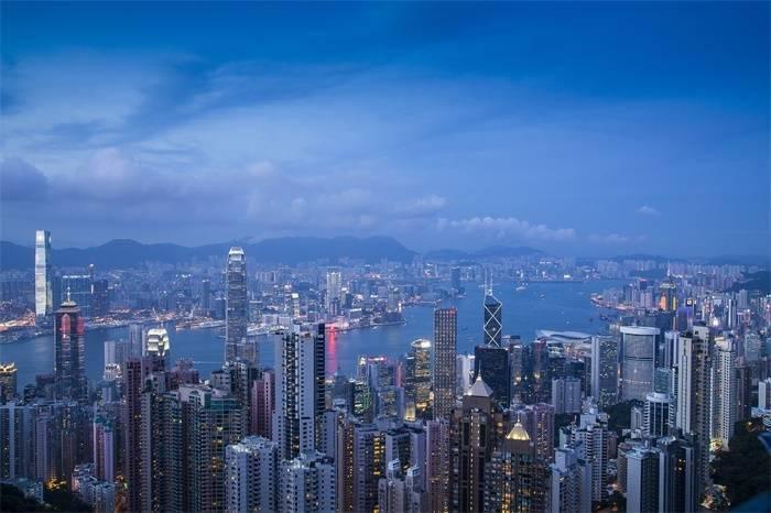 2020全球城市生活成本排名出炉:巴黎香港苏黎世并列首位,大马士革最低