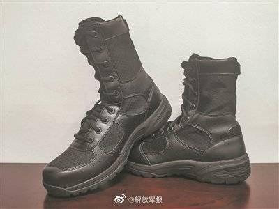新型作战靴配发南沙军营