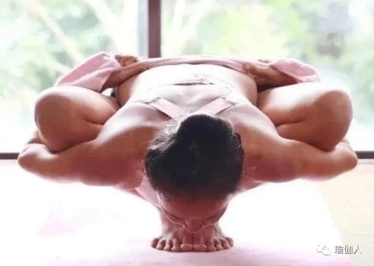 为什么你的瑜伽体式做的不漂亮?