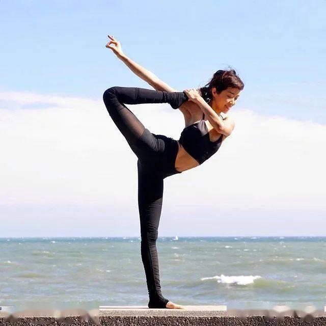 瑜伽舞王式,这样练简单多了…