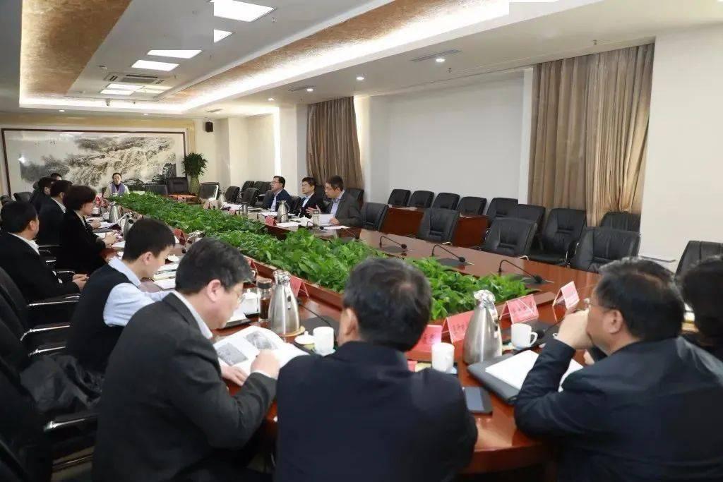 【时政要闻】崂山区政府重点项目专题调度会议召开