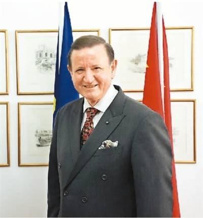 """我在中国当大使:马耳他有一座""""红色中国坞"""""""