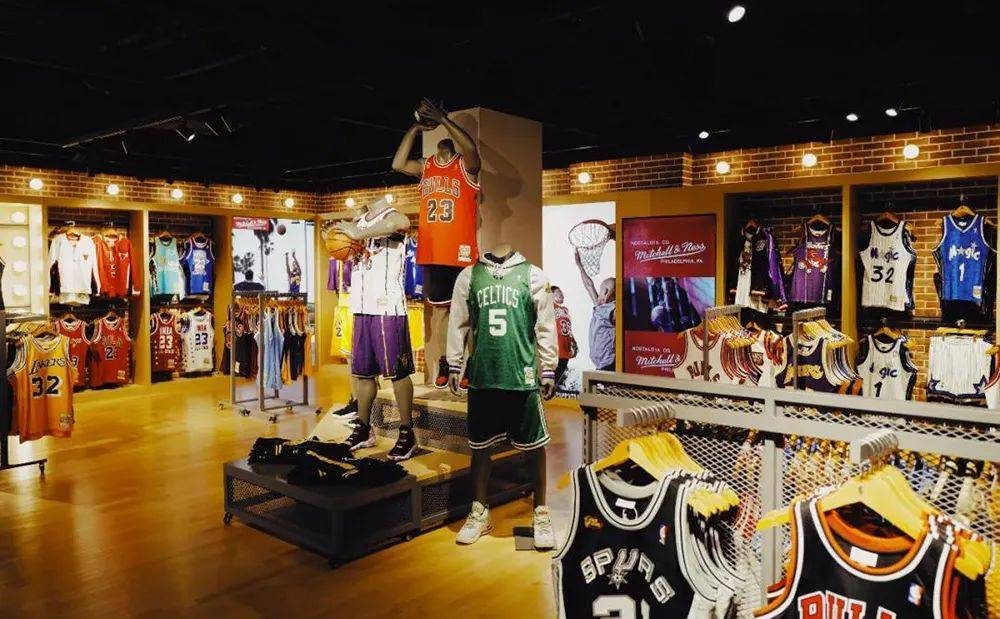 NBA全球最大旗舰店落地广州,占地达2680㎡