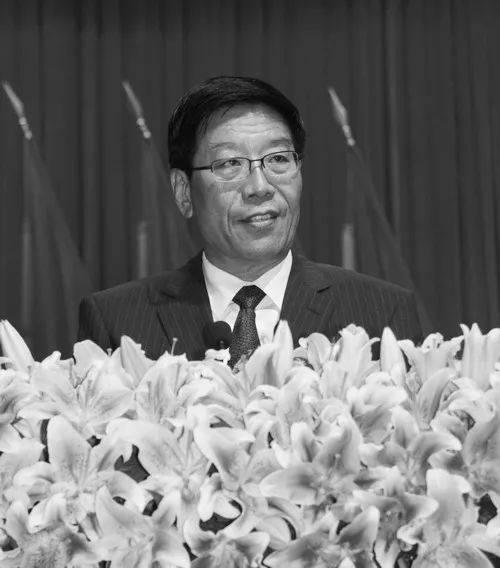 """湖南省委原书记徐守盛在南京逝世,曾称""""当官无功就是错"""""""
