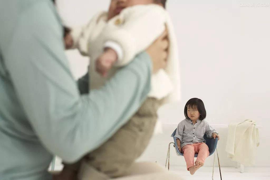 老大是女儿,二胎随便生?几方面不想清楚,有你受罪的  第4张