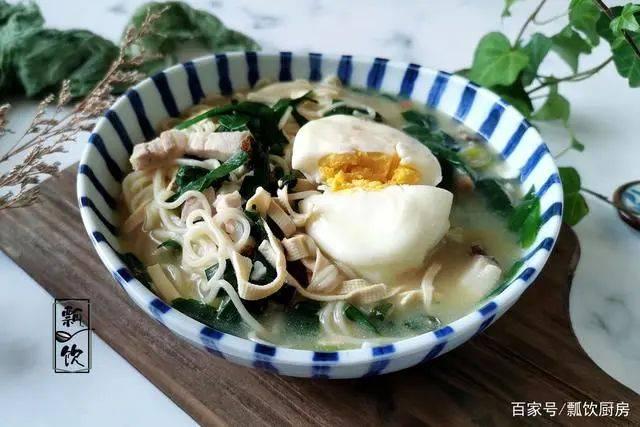 大冷天,每天一碗热汤面,好吃又舒坦,做圆荷包蛋,不飞不散  第1张