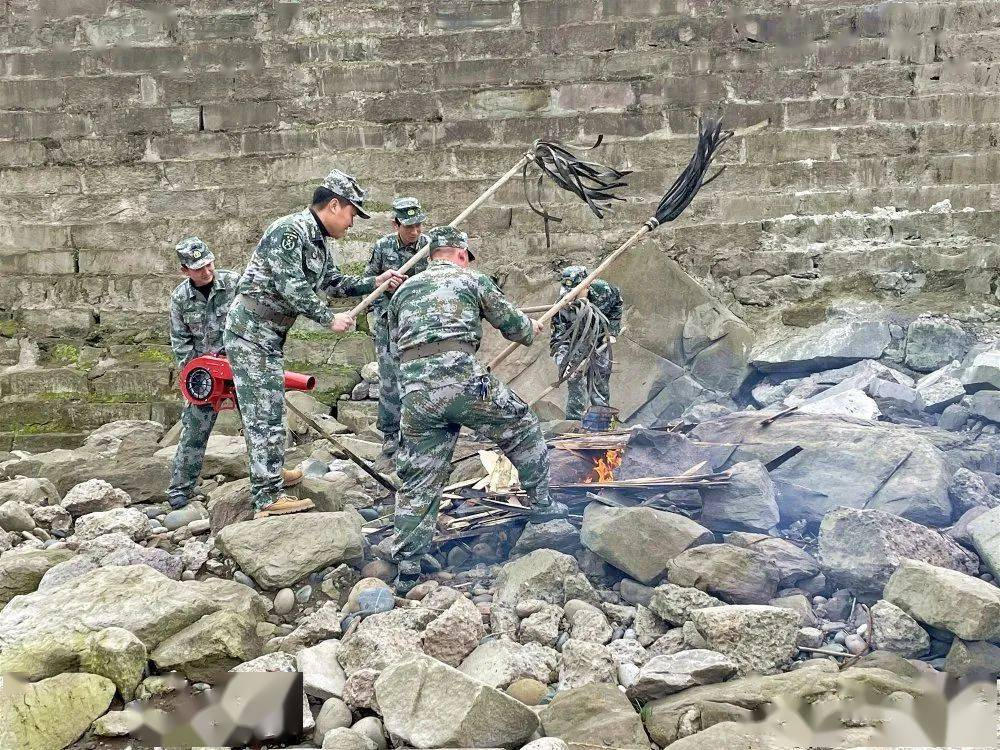 白沙镇武装部组织开展2021年民兵开训活动