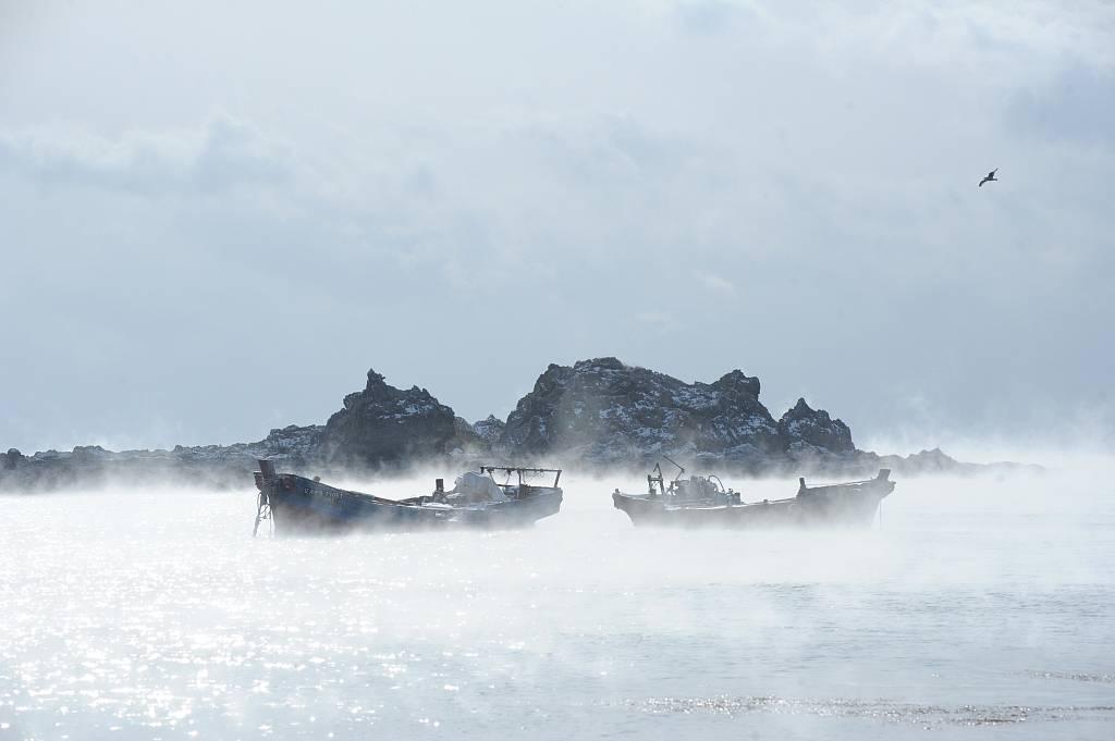 """大连海域出现""""海浩""""景观"""