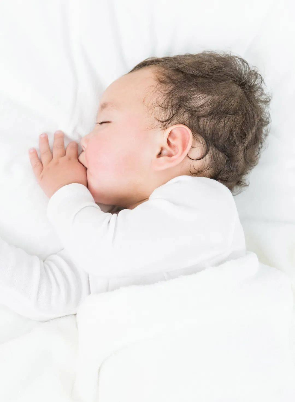 宝宝睡不安稳、入睡困难,原因大排查  第3张