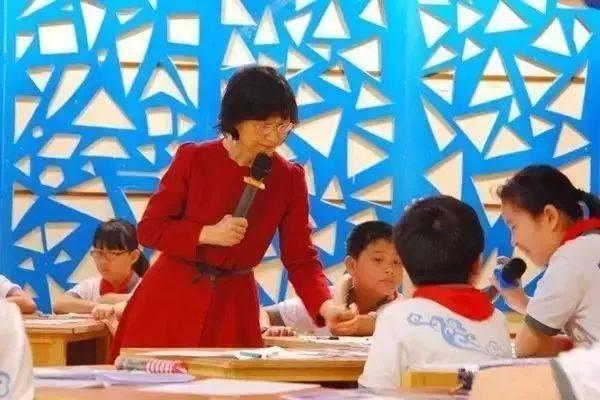 台湾著名语文老师说:我在大陆上课很紧张,因为这里见不得冷场  第4张