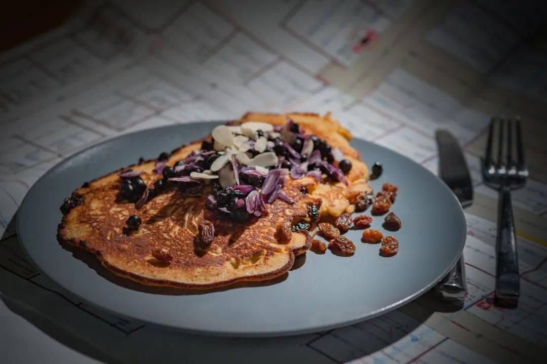 含铁量是葡萄的15倍!每天一小把,滋补肝肾护血管,老中医每天早餐都吃!