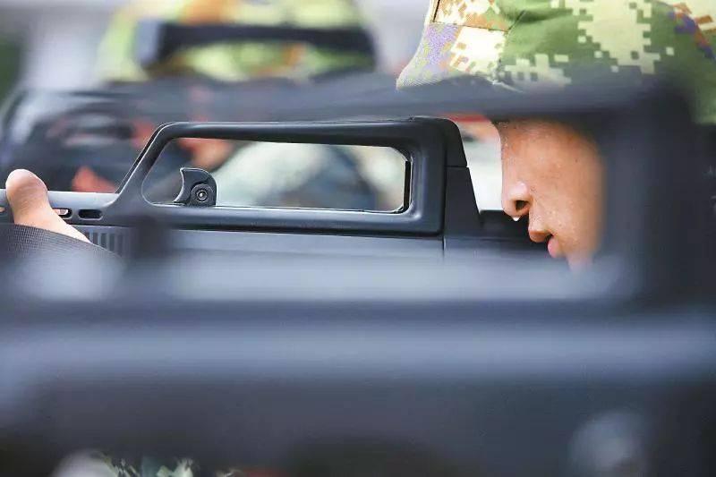 注意!四川适龄男青年都要进行兵役登记