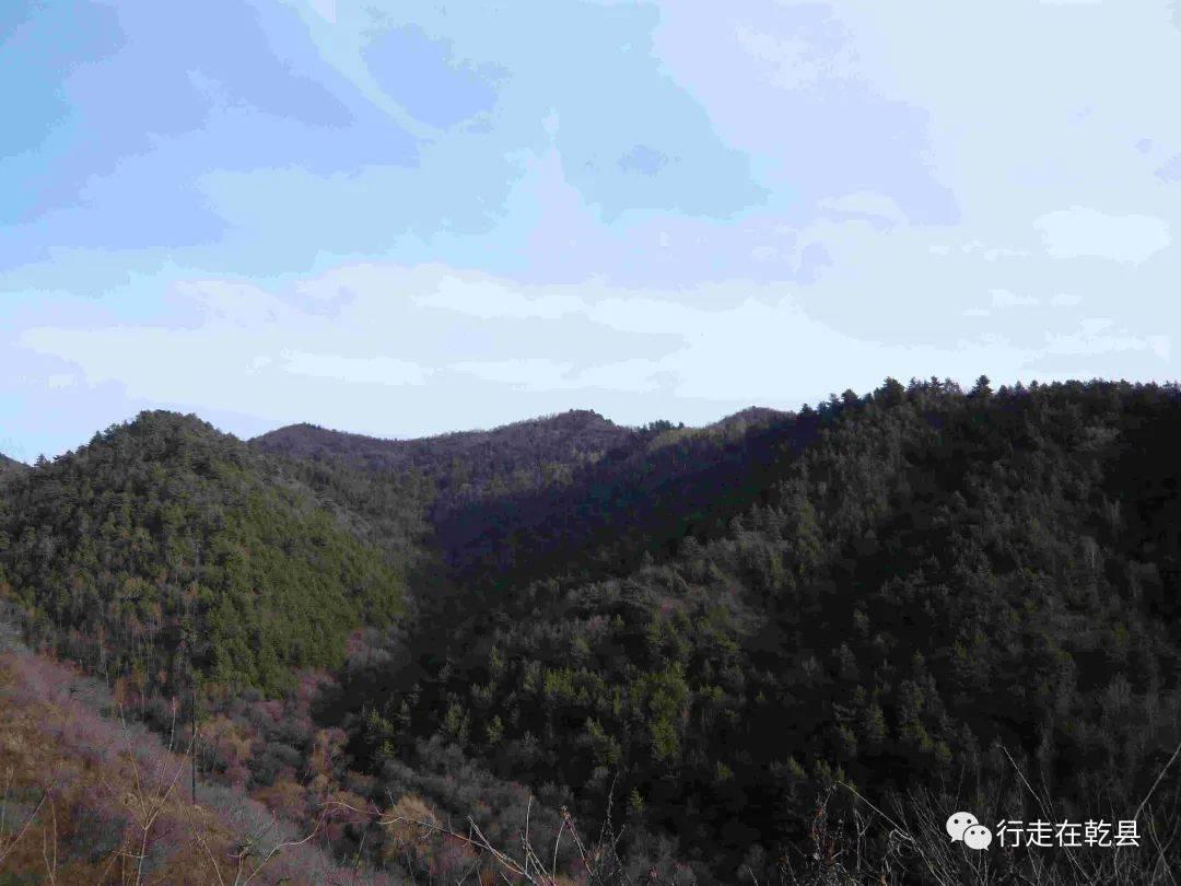 【醉翁专栏】屈建修:游吕梁山有感同题异构三首  第8张