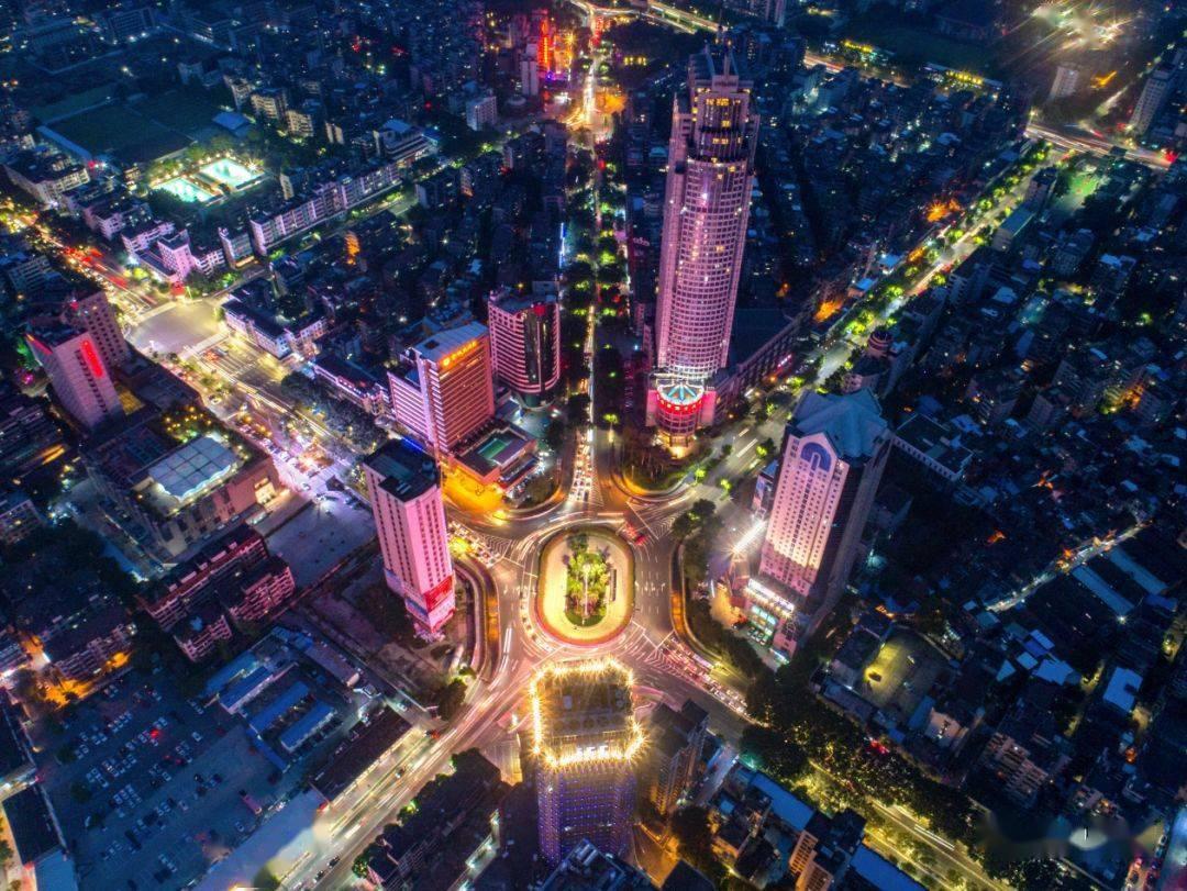 人民日报刊文:佛山推动高质量发展,向产业链高端迈进!