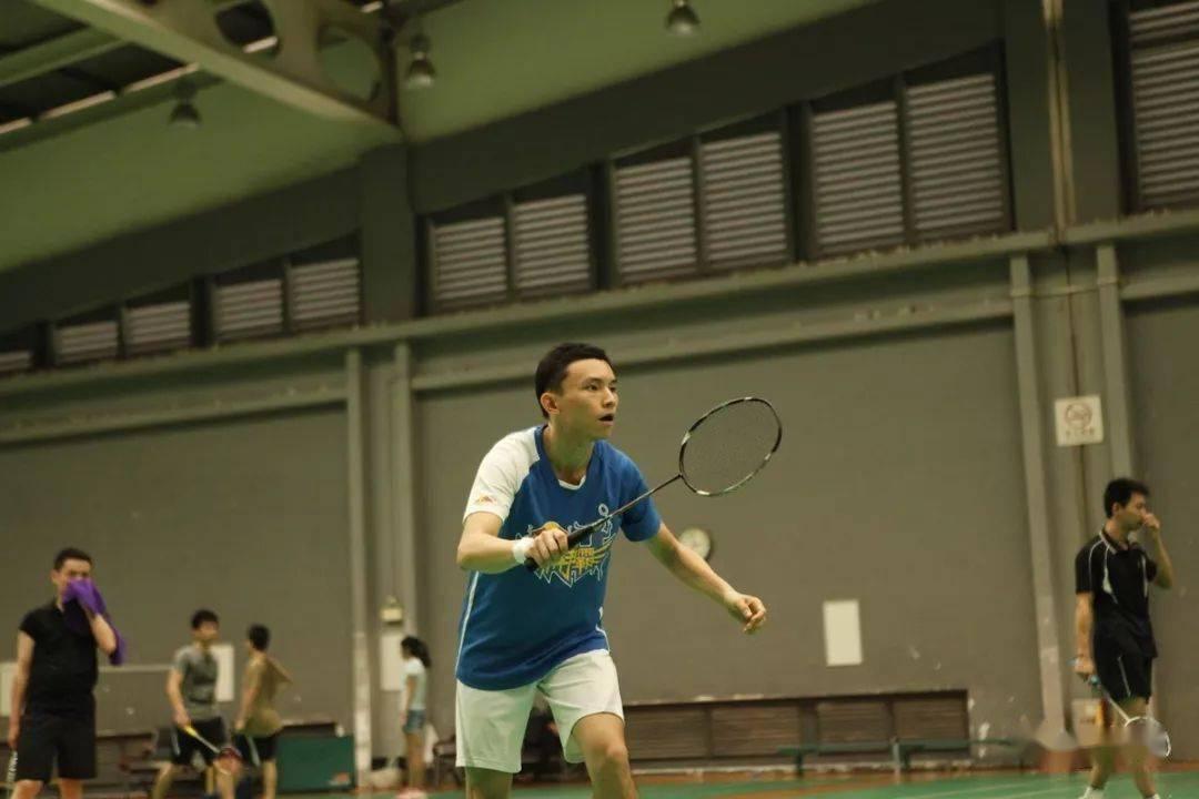 各年龄段打羽毛球的好处在此,您还有什么理由拒绝羽毛球呢?  第5张