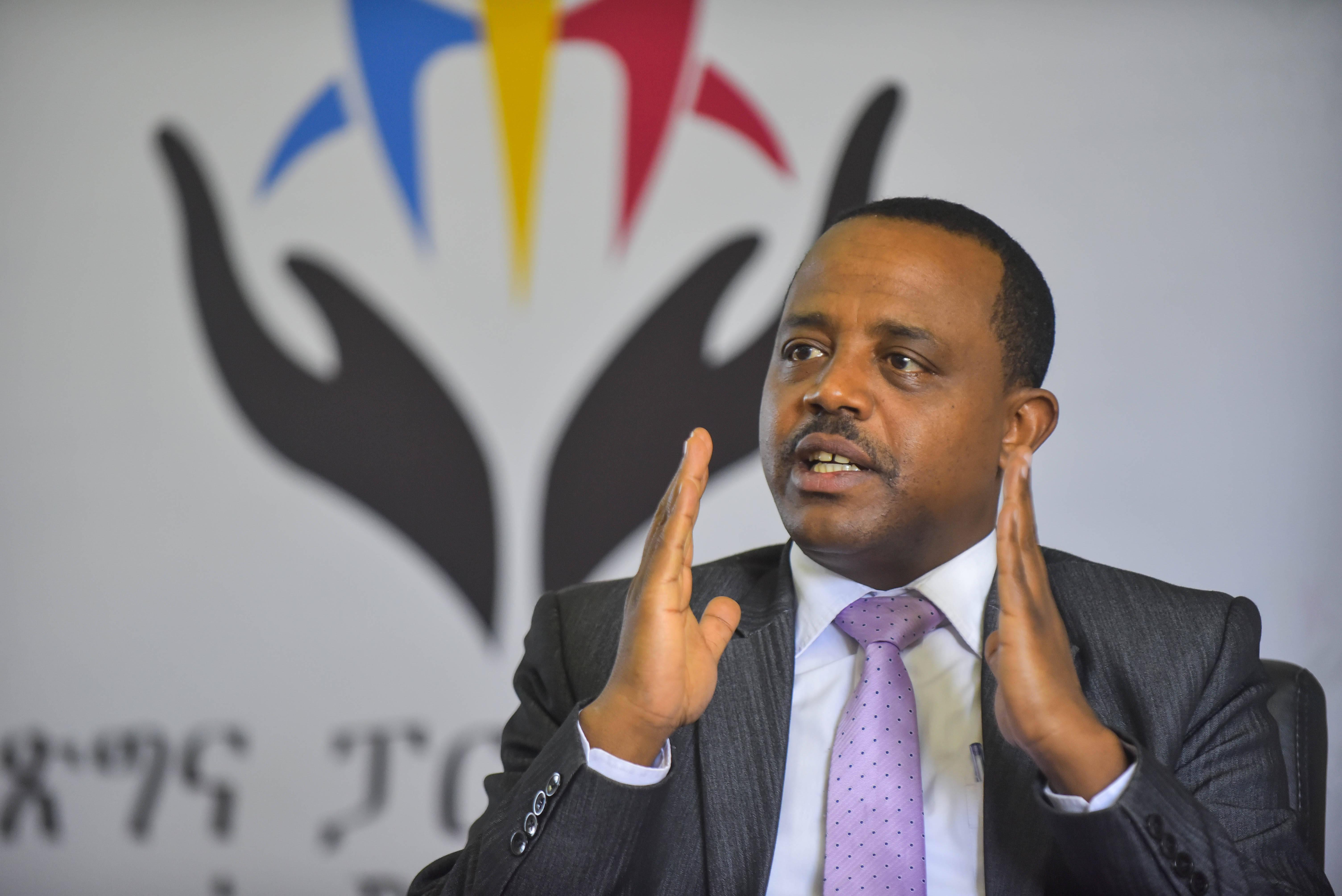 访坦桑尼亚繁荣党公共性与大国关系科长比基拉新华通讯社相片