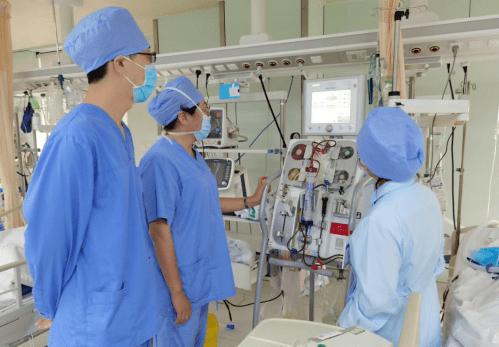 同济大学附属同济医院重症医学科成功开展床旁血液透析