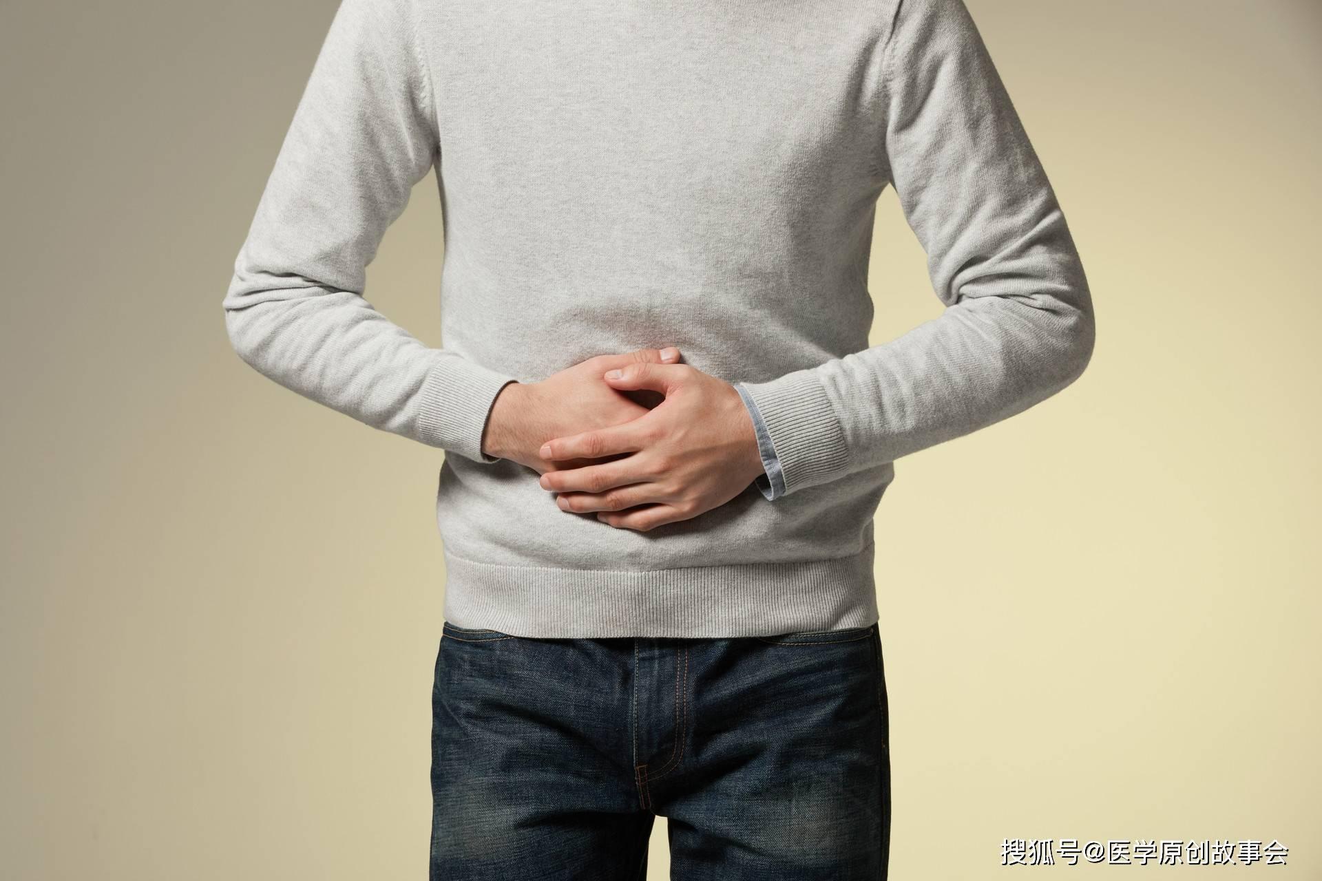 68岁金牌配角吴孟达确诊肝癌,医生提醒,肝脏不好有四个信号