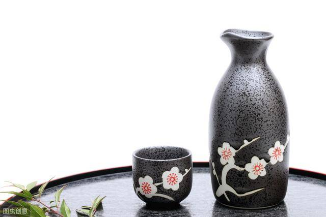 中国酒文化知识(酒桌上的礼仪和禁忌)