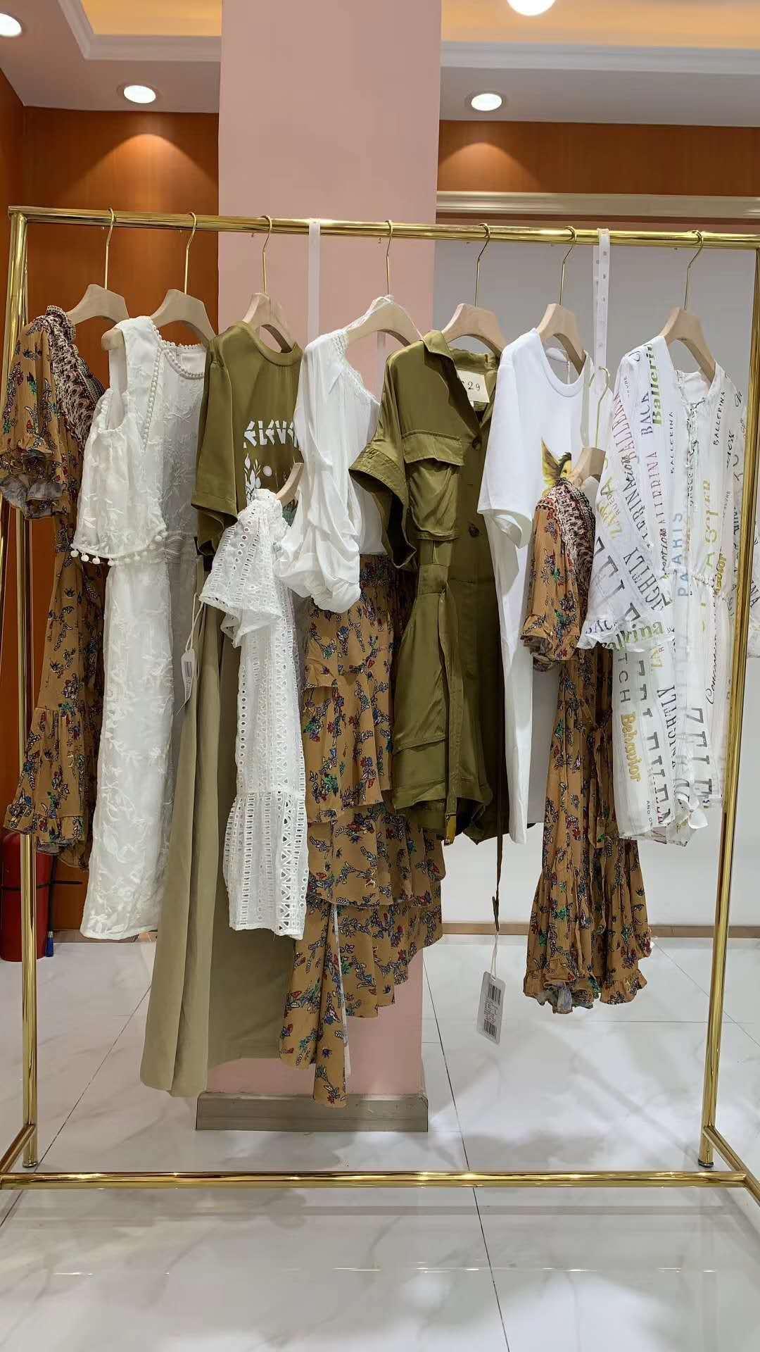 z11女装是什么档次(z11的衣服为什么那么贵)