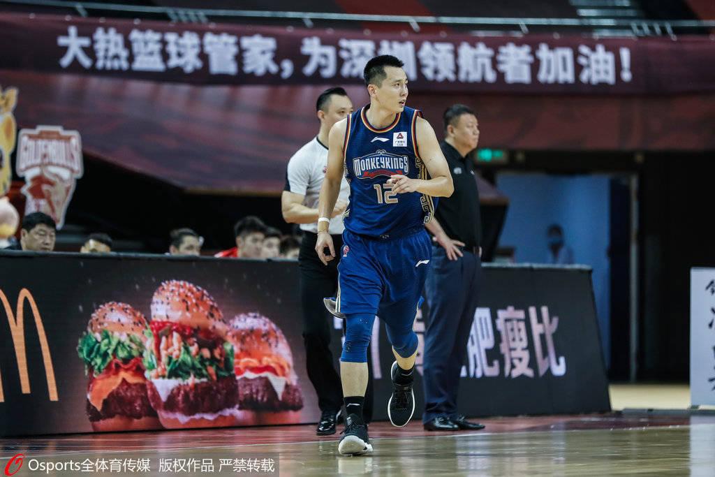 同曦老将卢伟宣布退役 上赛季三分命中率高达42%