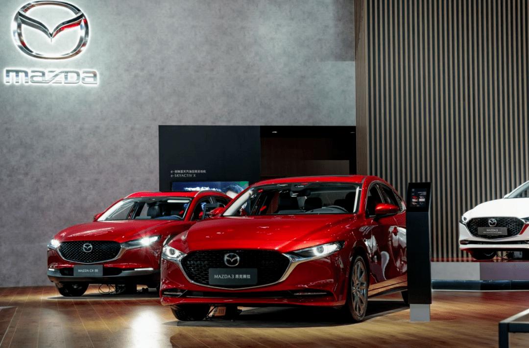 携多新车与首创内燃机长安马自达亮相北京车展