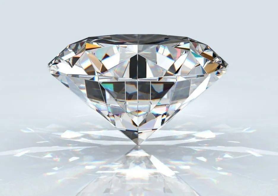 如何说服女朋友不要买钻石