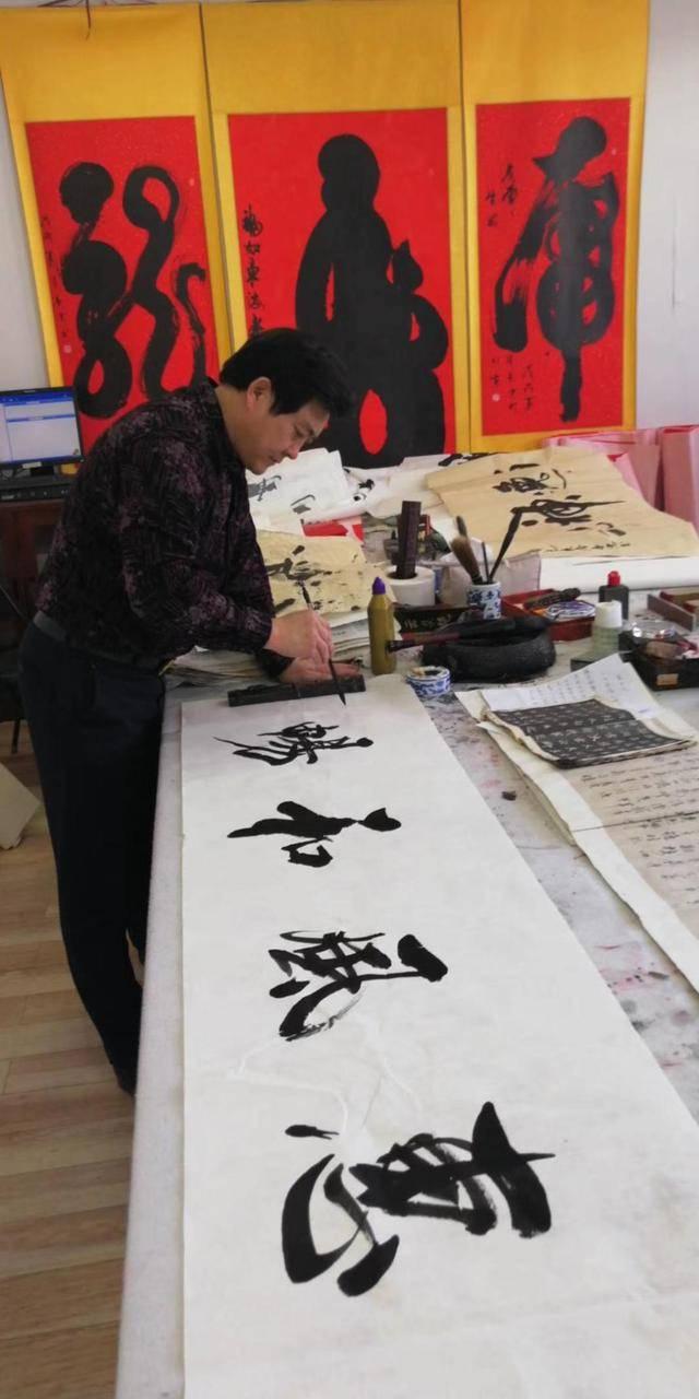 """北京爱迪学校""""艺术无界""""创意节"""