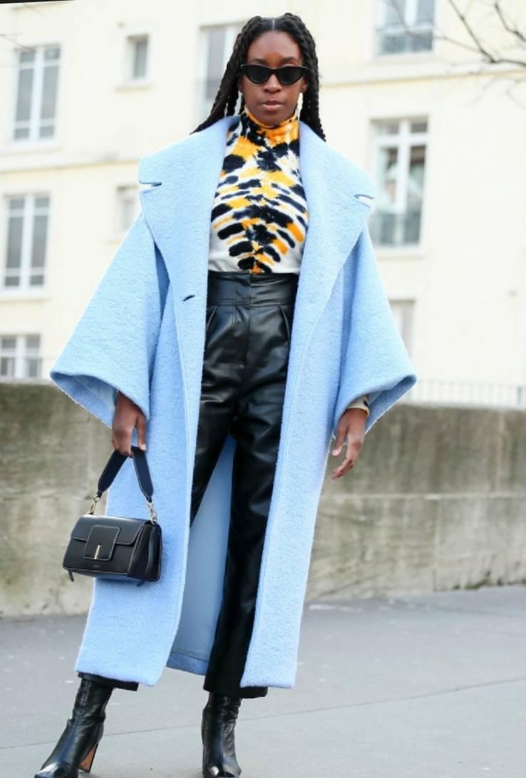 时尚又显瘦的翻领大衣 女明星也爱了 现在入手还不迟