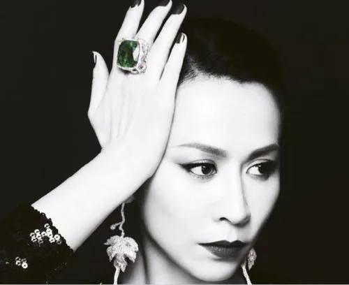 珠宝VS饰品有什么不同?30岁女人必须要知道的几点!