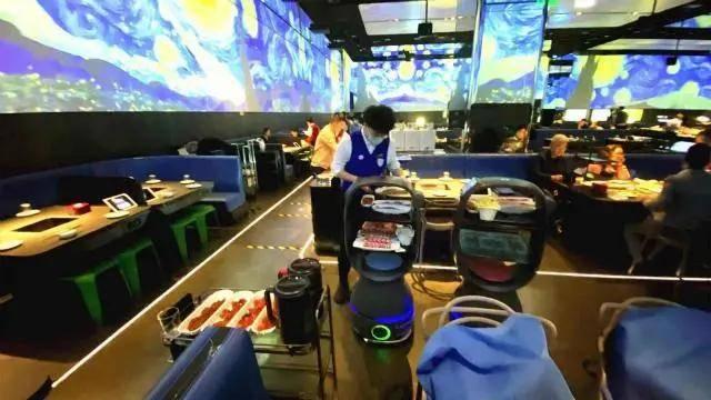 餐饮机器人大规模量产在即 这些A股企业加紧布局