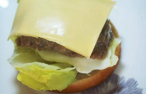 牛肉汉堡包的做法,为什么麦当劳的牛肉汉堡这么好吃? 网络快讯 第12张