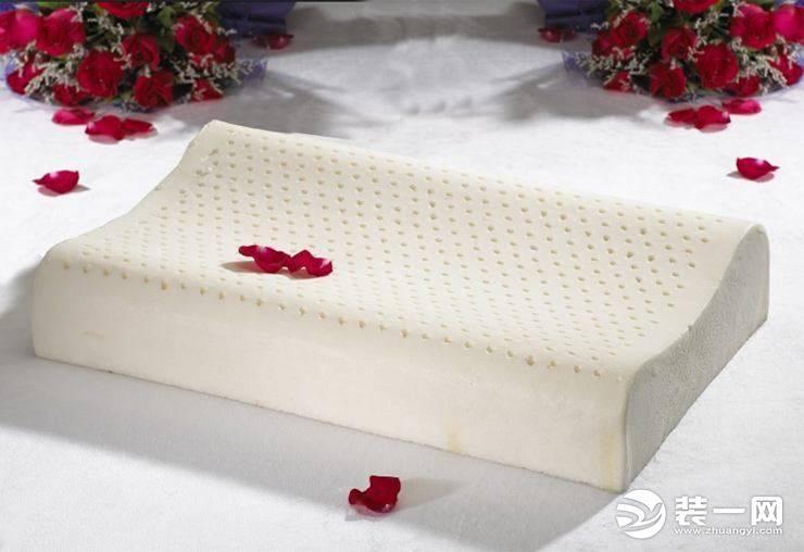 怎样判断枕头高度适合自己(年轻人用高枕还是低枕)插图(1)