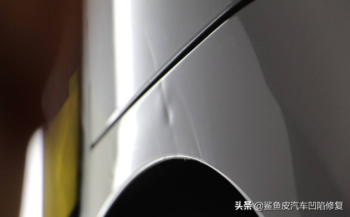 翼子板轻微凹陷有必要修吗(翼子板轻微凹陷修复多少钱)插图(4)