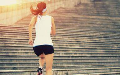 跳绳减肥多久见效(跳绳多久后才开始掉体重)