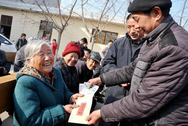 就在近期,养老金又迎来了好消息,这笔钱又涨了插图(3)