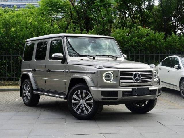 原来的两辆独立SUV吸引了全世界的目光,实力能打百万。网友:国内自强