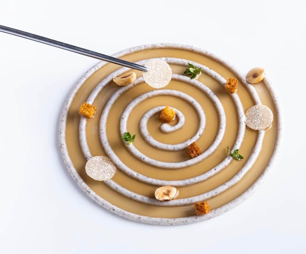 西班牙米其林星级餐厅主厨展示 3D 食物打印机 Foodini
