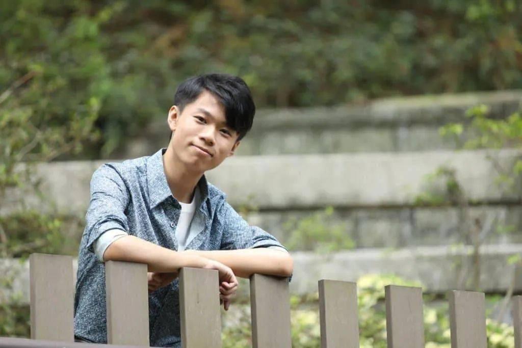 不舍!前TVB知名童星大学毕业,结束20年演艺生涯,移居日本工作生活  第4张