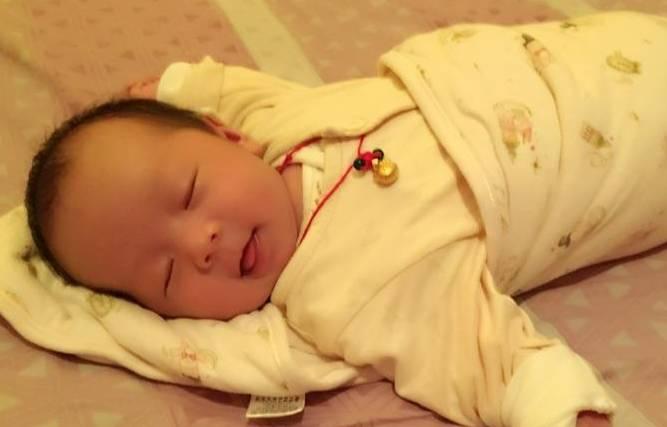 孩子睡醒之后的两种反应,如果你家宝宝是后者,多半会有高智商!