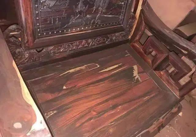 一套大红酸枝沙发才几 万,这么廉价是真的吗?