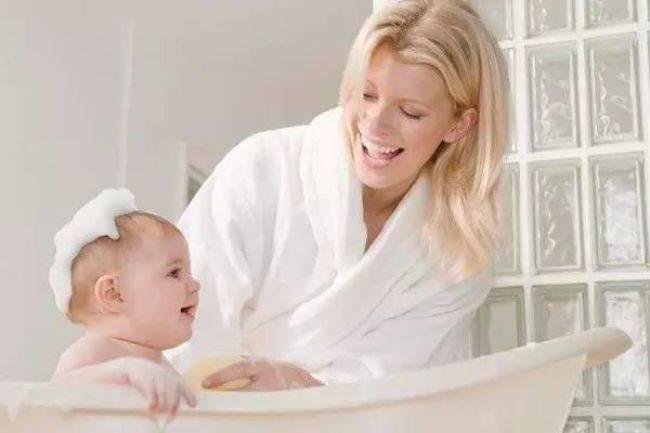 母亲被娃伤了之后的善意提醒:照顾孩子的同时记得保护好自己