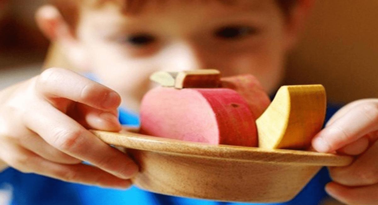 原创0-3岁是孩子智力发育黄金期,父母给孩子买玩具时,有三个标准